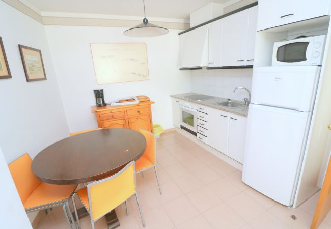 Apartamento en Rosas / Roses - RHODE 1 Piso, 1ª linea de mar, Roses, Free Wifi