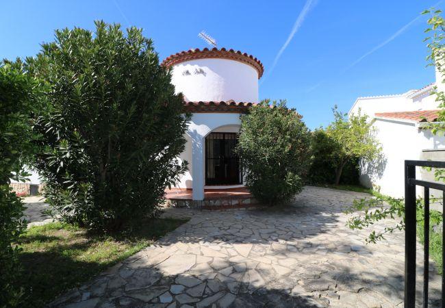 Villa à Empuriabrava - Requesens - Casa en Empuriabrava