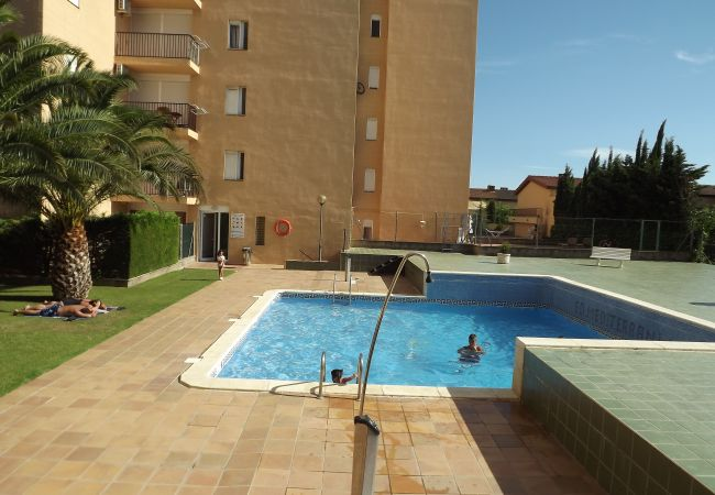 Appartement à Rosas / Roses - MEDITERRANEE  Résidence avec piscine
