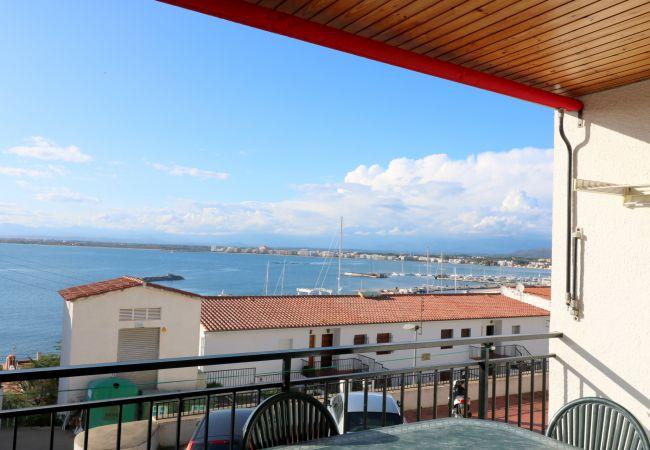 Apartment in Rosas / Roses - Les  Roques, Apartamento vista al mar