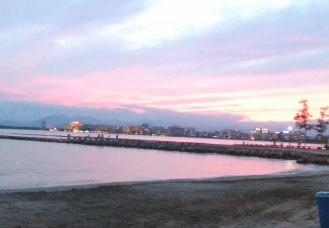 Ferienwohnung in Rosas / Roses - RHODE 1 Piso, 1ª linea de mar, Roses, Free Wifi
